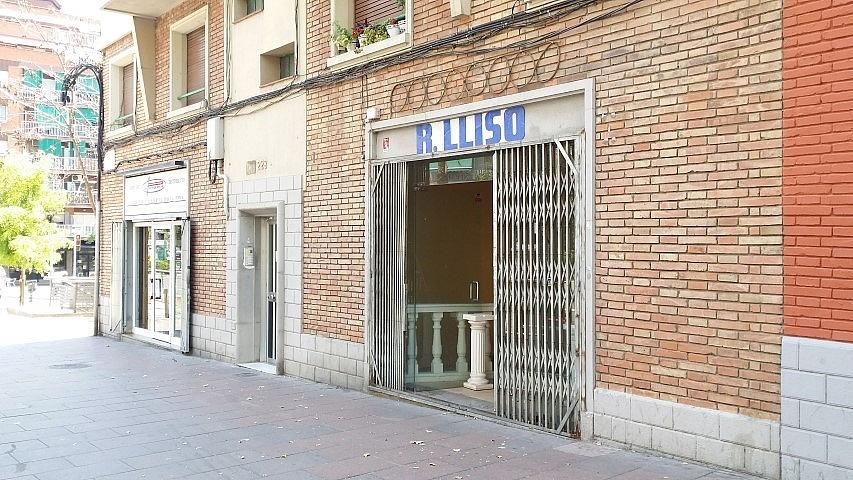 Local en alquiler en paseo Valldaura, El Verdum en Barcelona - 323914989