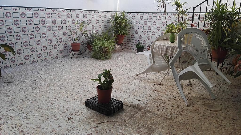 Patio - Casa en venta en Nucleo Urbano en Dos Hermanas - 347107450