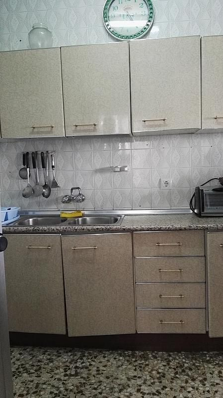 Cocina - Casa en venta en Nucleo Urbano en Dos Hermanas - 347107554
