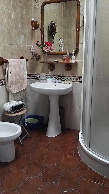 Baño - Casa en venta en Nucleo Urbano en Dos Hermanas - 347107571