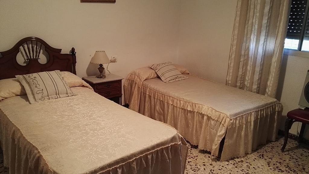 Dormitorio - Casa en venta en Nucleo Urbano en Dos Hermanas - 347107592