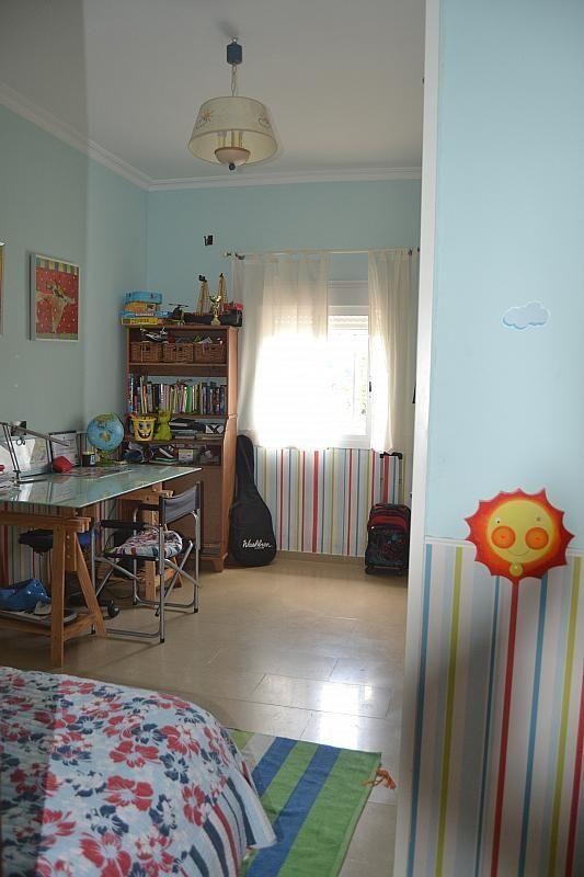 Dormitorio - Chalet en alquiler en Poligono la Isla en Dos Hermanas - 181581987