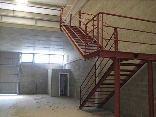 Nave industrial en alquiler en Rodonyà - 305376640