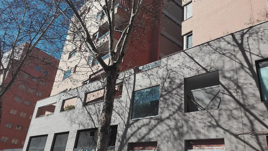 Local comercial en alquiler en calle De Antonio López, Almendrales en Madrid - 361614751