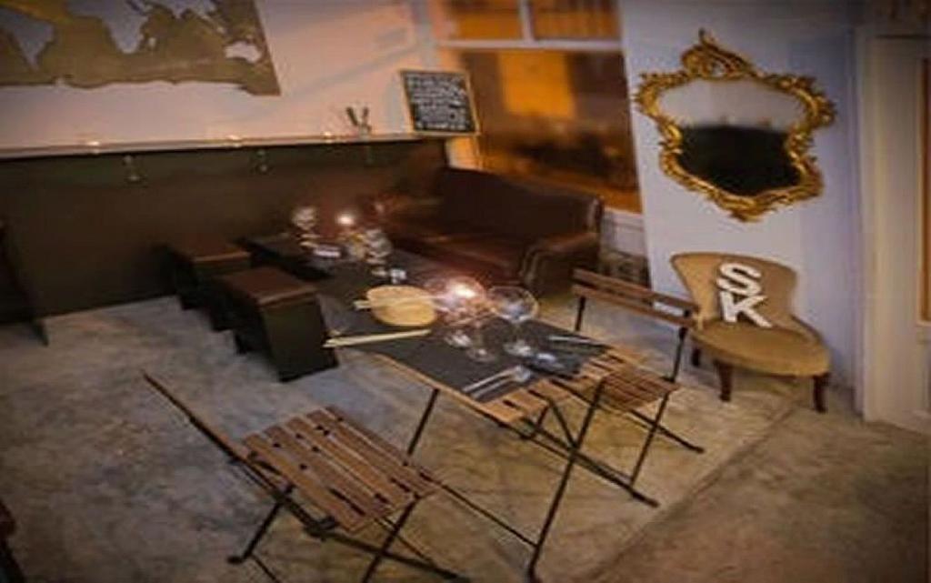 Local comercial en alquiler en Universidad-Malasaña en Madrid - 358123307