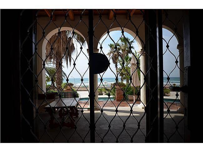 Chalet en alquiler en calle Far de Sant Cristofol, Vilanova i La Geltrú - 313658967