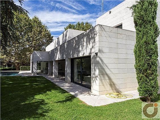 Chalet en alquiler en Moncloa en Madrid - 323378293