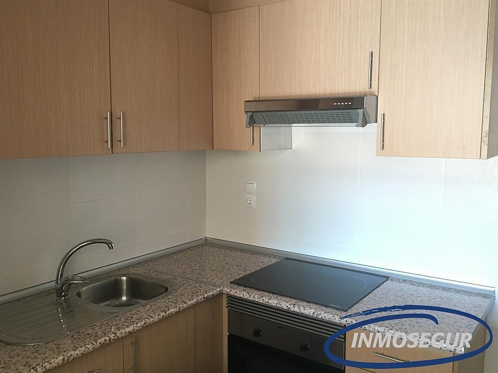Cocina - Apartamento en venta en calle Berenguer de Palou, Poble en Salou - 301813790