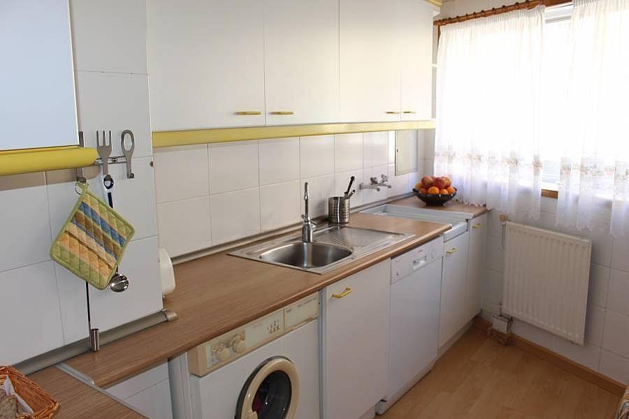 Foto - Piso en alquiler en calle Perillosanta Cristina, Oleiros - 352879632