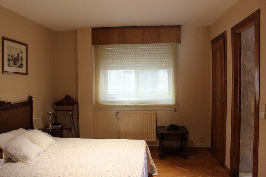 Foto - Piso en alquiler en calle Perillosanta Cristina, Oleiros - 352879641