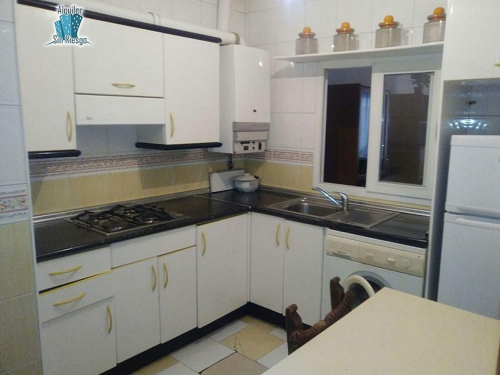 Foto - Apartamento en alquiler en calle Zorrilla, Zorrilla-Cuatro de marzo en Valladolid - 402939407