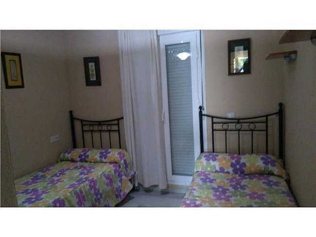 Apartamento en alquiler en La Barrosa en Chiclana de la Frontera - 330689496