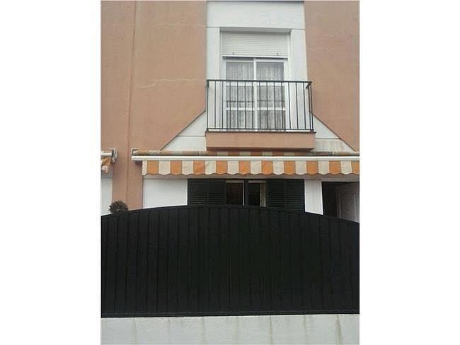 Casa en alquiler en Chiclana de la Frontera - 327910056