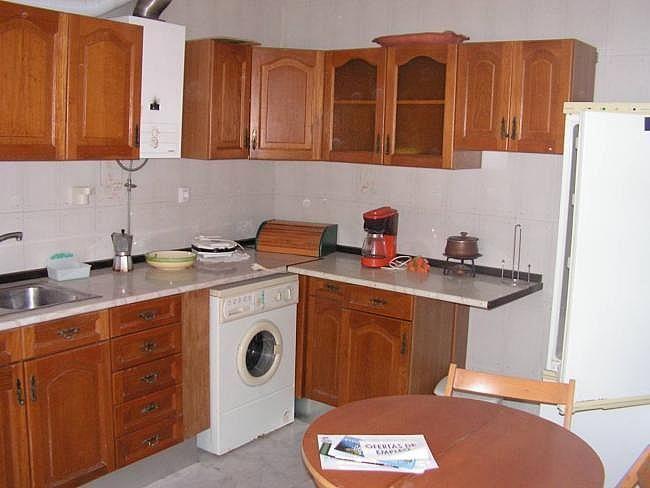 Casa en alquiler en Paterna de Rivera - 307350484