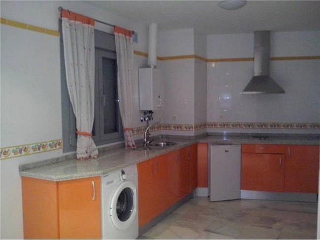 Piso en alquiler en Alcalá de Guadaira - 140778849