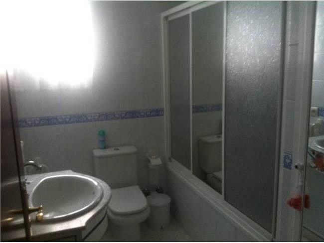 Casa en alquiler en Mairena del Alcor - 155359749