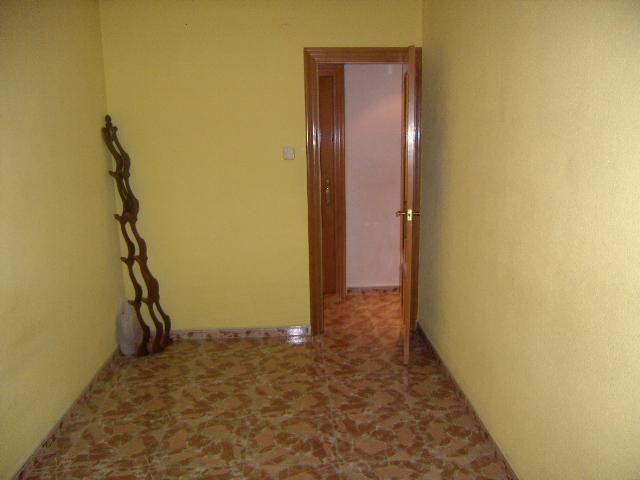 Dormitorio - Bajo en venta en plaza Poeta Miguel Hernandez, El Barrio Orba-Parque Alcosa en Alfafar - 56223857