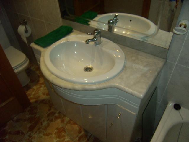 Baño - Bajo en venta en plaza Poeta Miguel Hernandez, El Barrio Orba-Parque Alcosa en Alfafar - 56223859