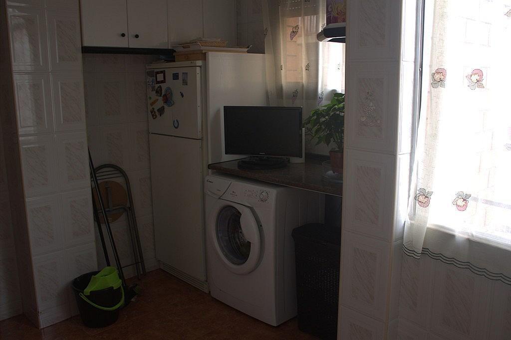 Piso en alquiler en calle , Rocafonda en Mataró - 318478214