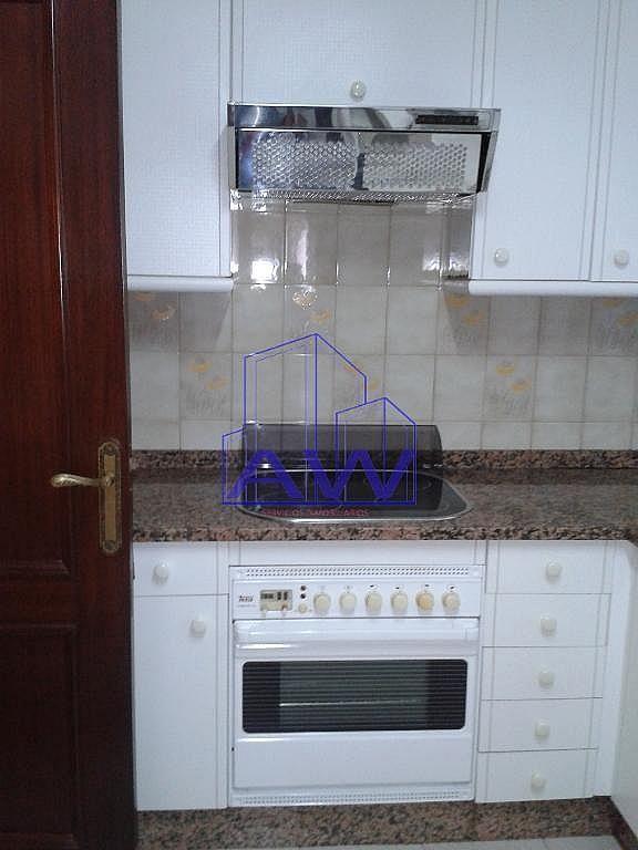 Foto del inmueble - Piso en alquiler en calle Vazquez Varela, Travesía de Vigo-San Xoán en Vigo - 272076171