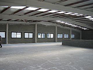 Nave industrial en alquiler en calle St Esteve Sesrovires, Sant Esteve Sesrovires - 142378461