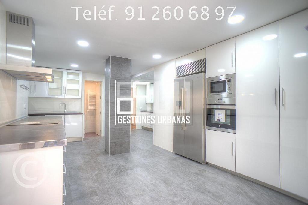 Foto - Piso en alquiler en calle Recoletos, Recoletos en Madrid - 312594252