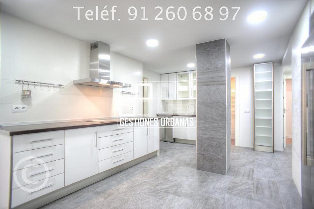 Foto - Piso en alquiler en calle Recoletos, Recoletos en Madrid - 312594303