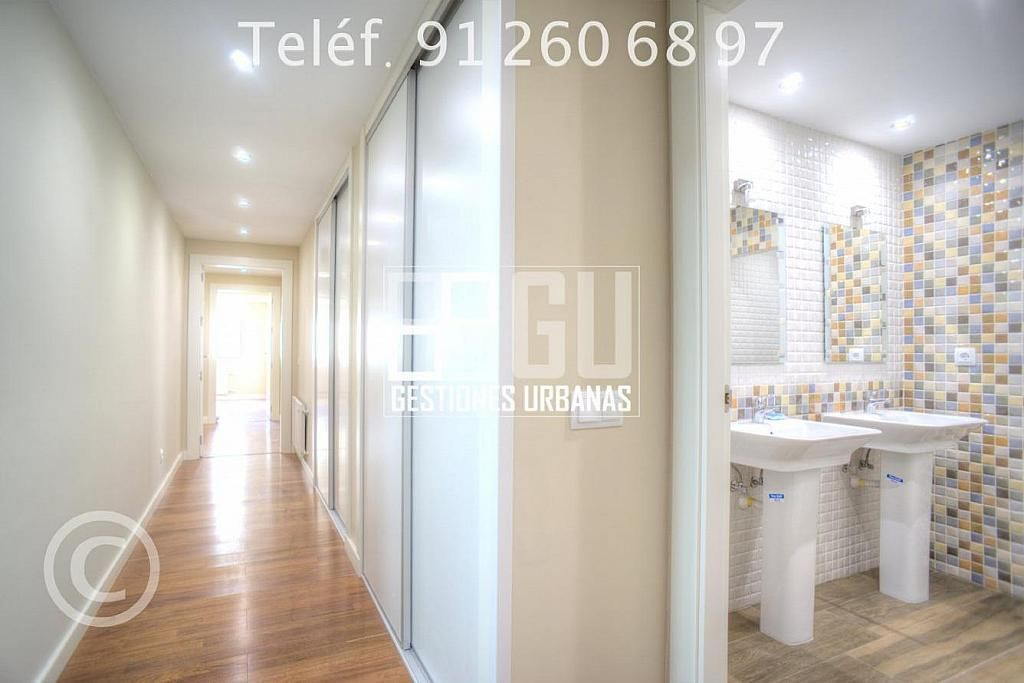 Foto - Piso en alquiler en calle Recoletos, Recoletos en Madrid - 312594333