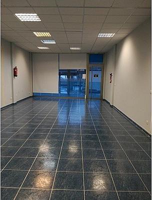 - Local en alquiler en calle Miralles; Área Comercial Campus Universitario de Vigo, Bembrive-Zamans en Vigo - 279862491