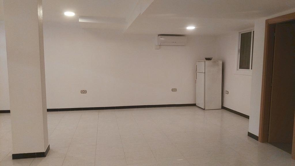 Salón - Local comercial en alquiler en Montcada Centre en Montcada i Reixac - 325772763