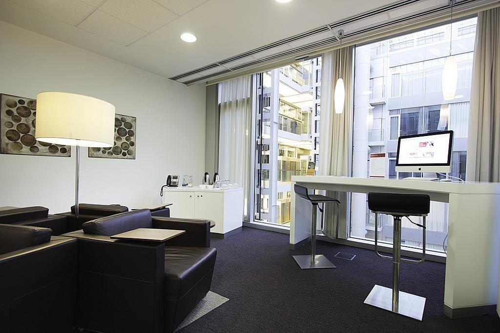 Oficina en alquiler en calle Del Doctor Arce, El Viso en Madrid - 141995741