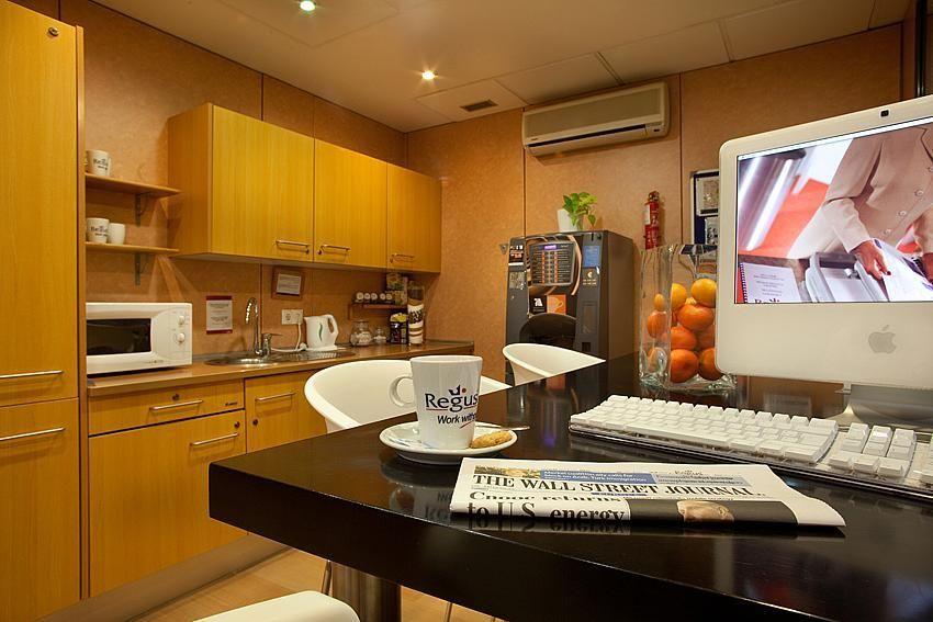 Oficina en alquiler en calle Ricardo Soriano, Casco Antiguo en Marbella - 142747427