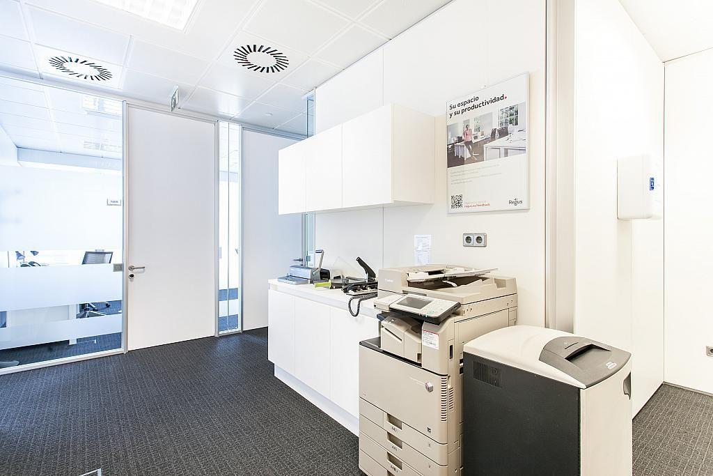 Oficina en alquiler en paseo De la Castellana, Castellana en Madrid - 285669807