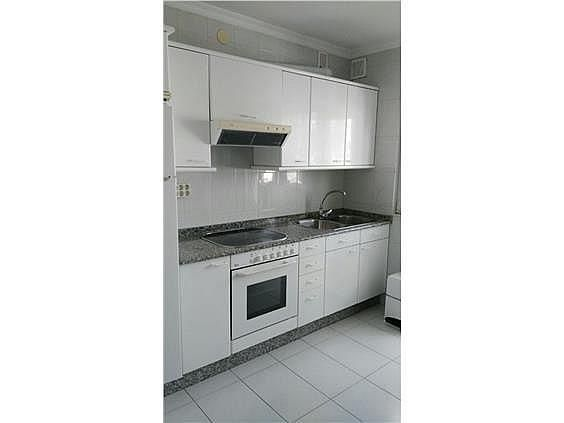 Apartamento en alquiler en calle Fontiñas, Lugo - 299633040