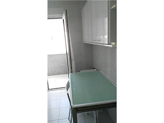 Apartamento en alquiler en calle Fontiñas, Lugo - 299633064