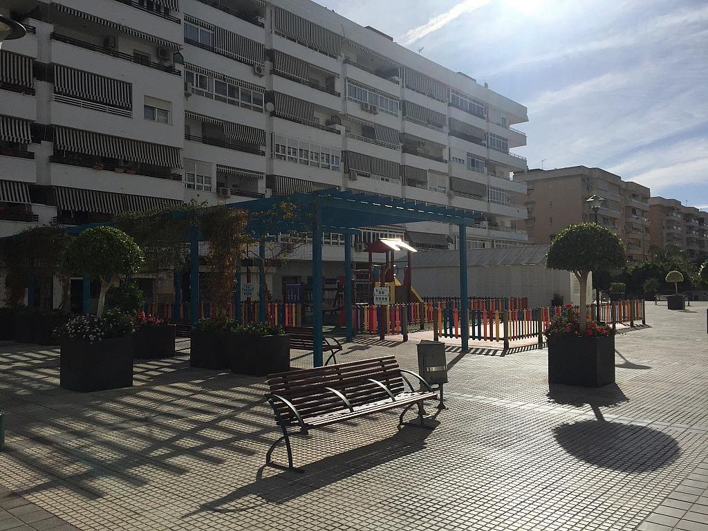 Local en alquiler en calle Pico de Las Palomas, Parque Mediterráneo-Santa Paula en Málaga - 267070929