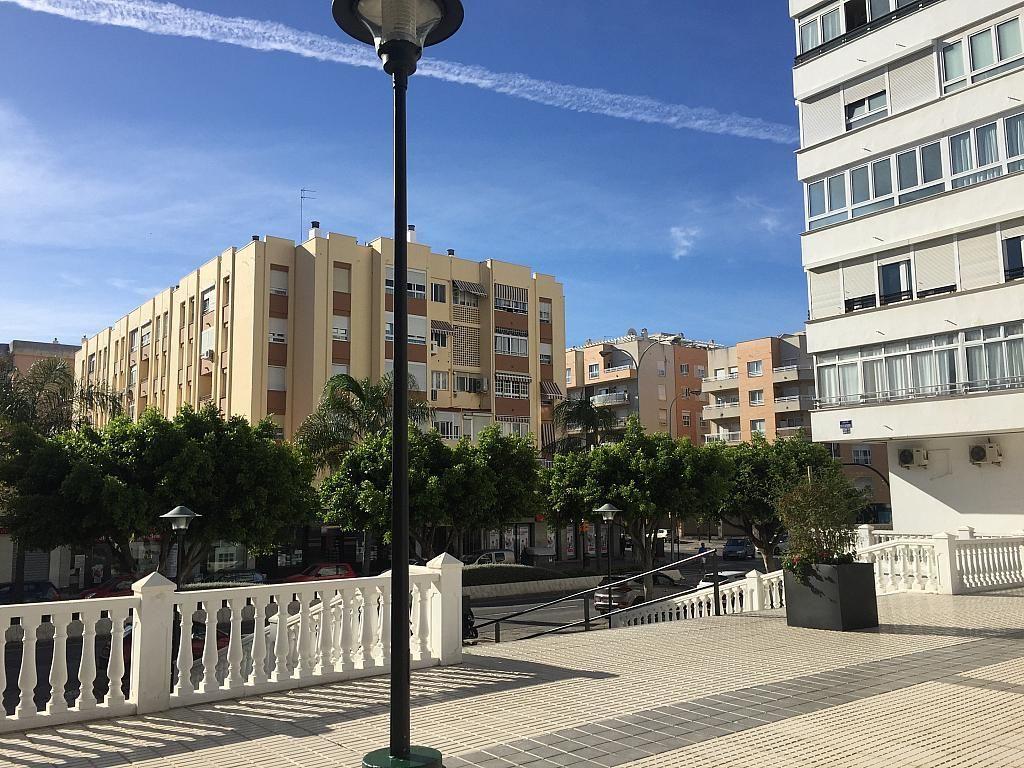 Local en alquiler en calle Pico de Las Palomas, Parque Mediterráneo-Santa Paula en Málaga - 267070968