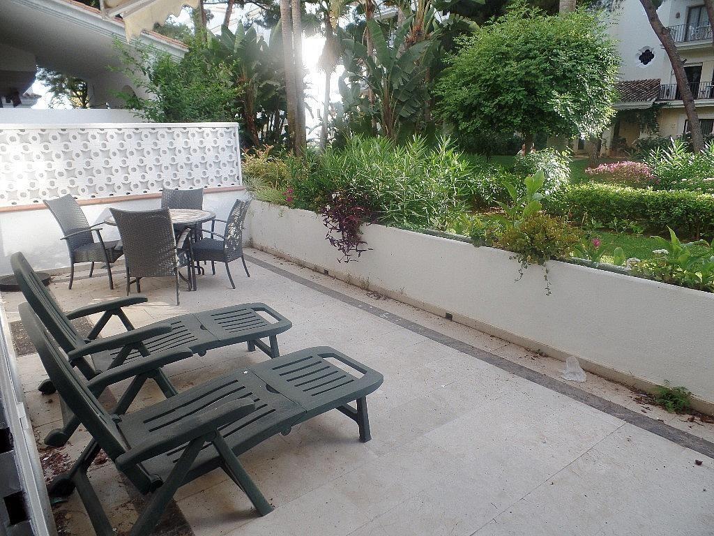 Terraza - Apartamento en alquiler en urbanización Puerto Banus, Puerto Banús en Marbella - 304851233