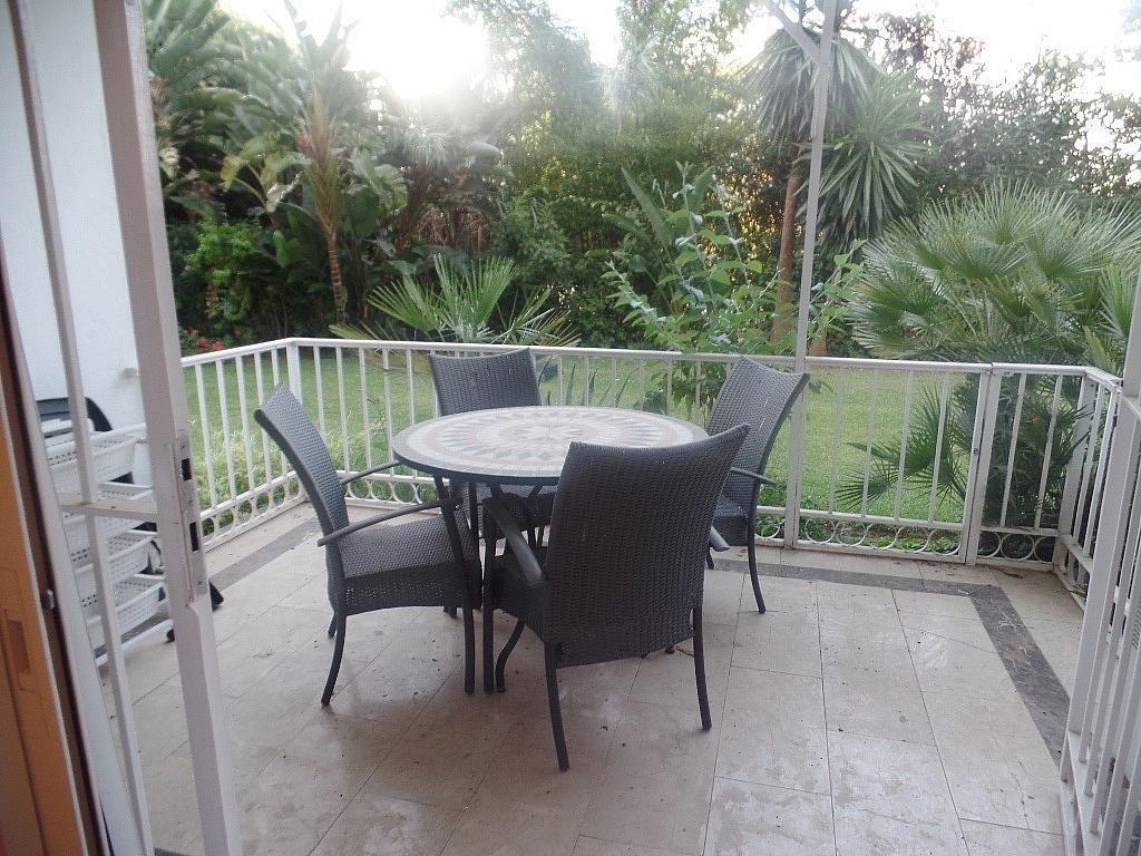 Terraza - Apartamento en alquiler en urbanización Puerto Banus, Puerto Banús en Marbella - 304851268