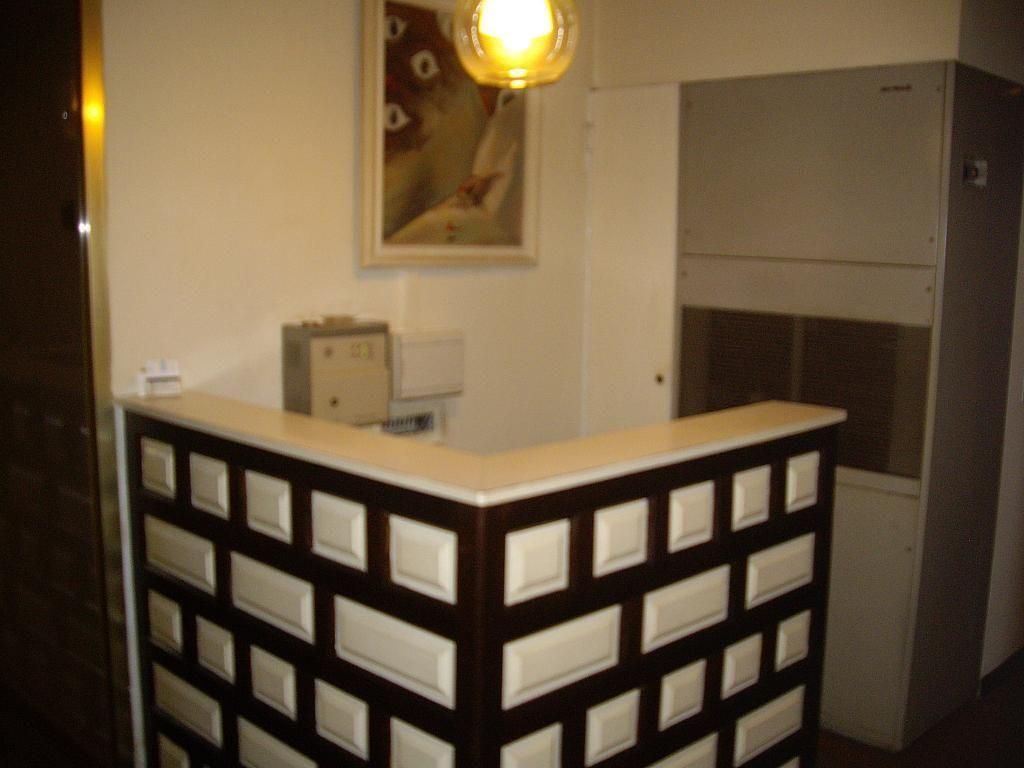 Oficina en alquiler en calle Ricardo Soriano, Casco Antiguo en Marbella - 299276315