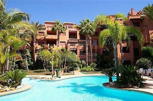 Piso en alquiler en calle Del Gaviero, Los Monteros-Bahía de Marbella en Marbella - 210810936