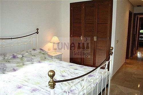 Piso en alquiler en calle Del Gaviero, Los Monteros-Bahía de Marbella en Marbella - 210810966