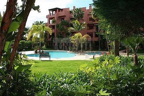 Piso en alquiler en calle Del Gaviero, Los Monteros-Bahía de Marbella en Marbella - 210811022