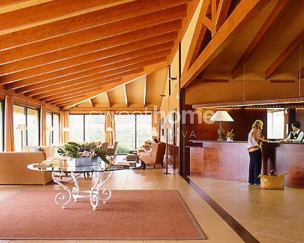 Apartamento en venta en Navata - 279417062