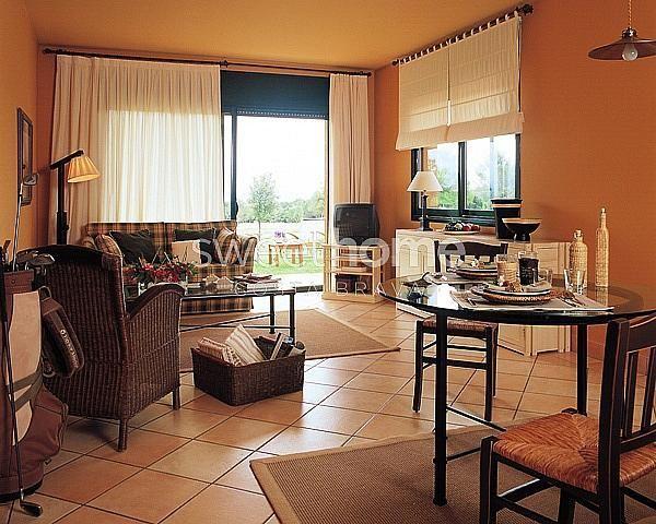 Apartamento en venta en Navata - 279417068