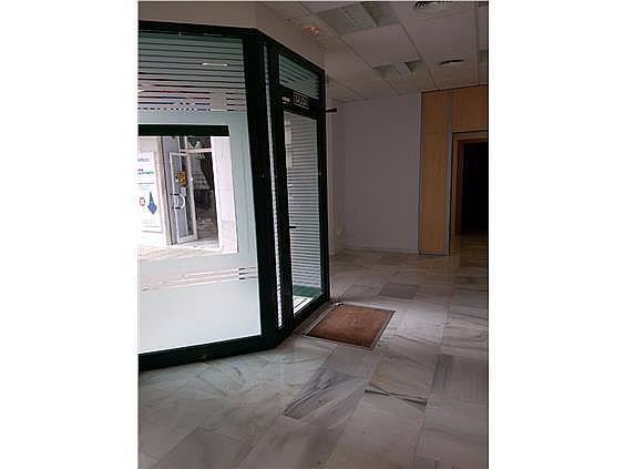 Local en alquiler en Los Remedios en Sevilla - 273037409