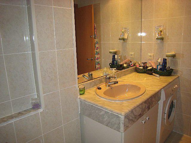 Baño - Piso en alquiler en calle P Miramar, Centro en Torredembarra - 131363049