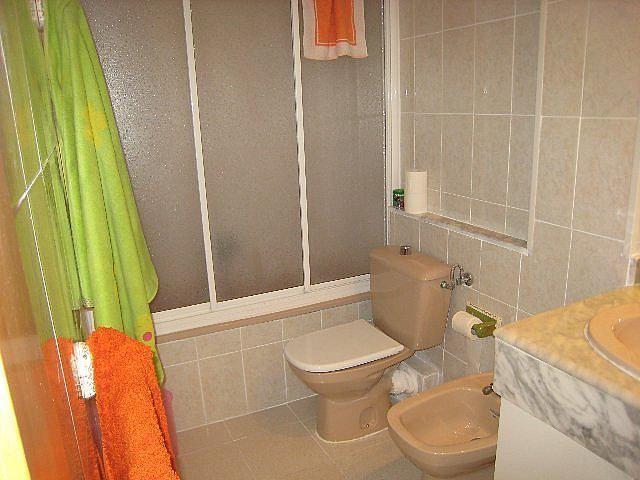 Baño - Piso en alquiler en calle P Miramar, Centro en Torredembarra - 131363050