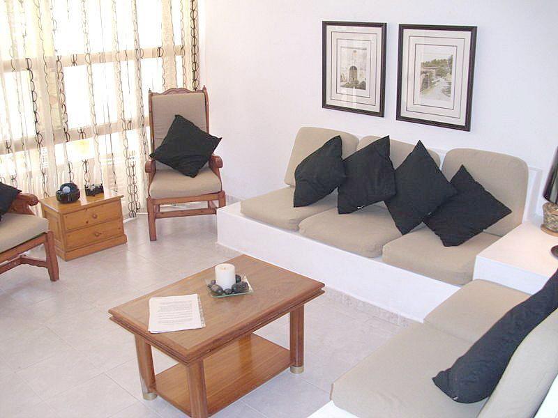 Salón - Apartamento en alquiler de temporada en calle Las Palmeras, Port d´Alcudia - 164541569