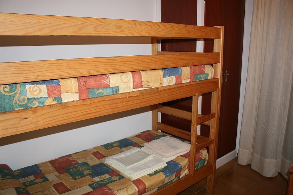 Dormitorio - Piso en alquiler de temporada en calle Tramuntana, Pals - 245427808